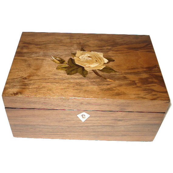 Walnut box with rose inlay