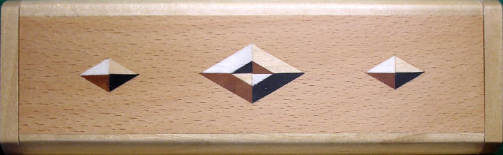 Pen box with marquetry